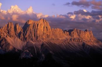 Buon compleanno, Dolomiti!