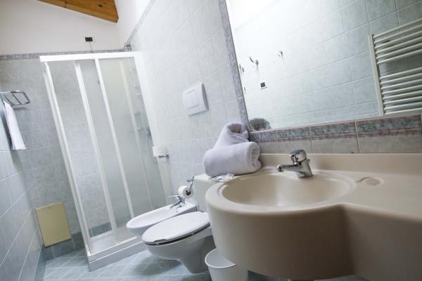 Bagno luce Hotel Genzianella Ziano di Fiemme Val di Fiemme