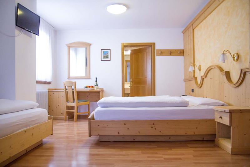 Camera giorno Hotel Genzianella Ziano di Fiemme Val di Fiemme e